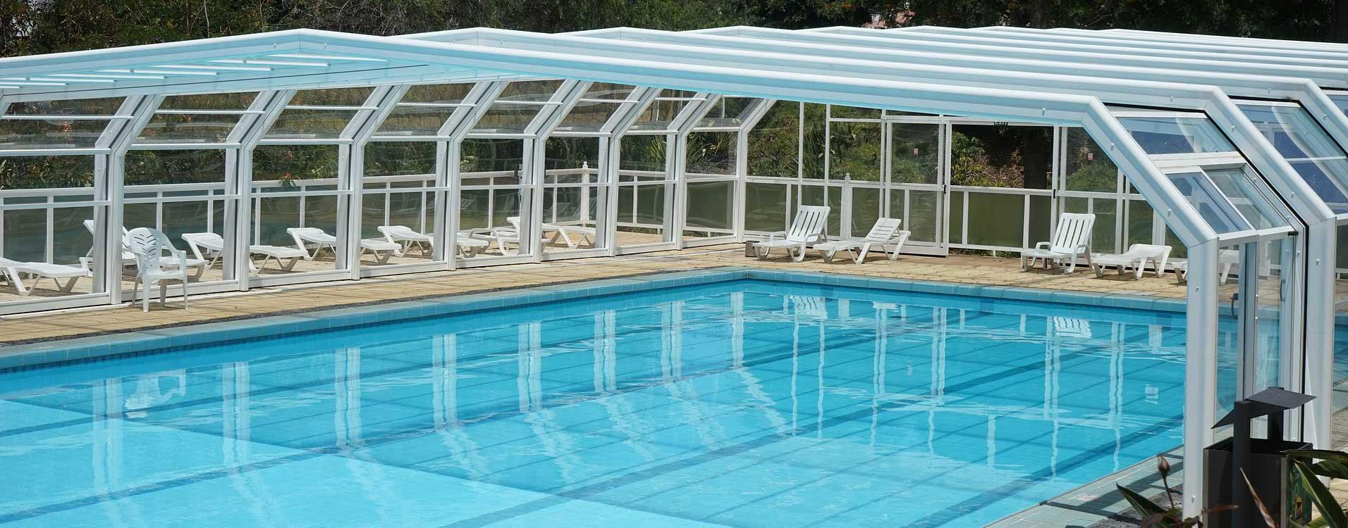 Construction piscine couverte